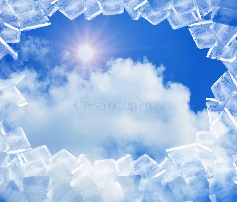 在蓝天的冰 库存照片