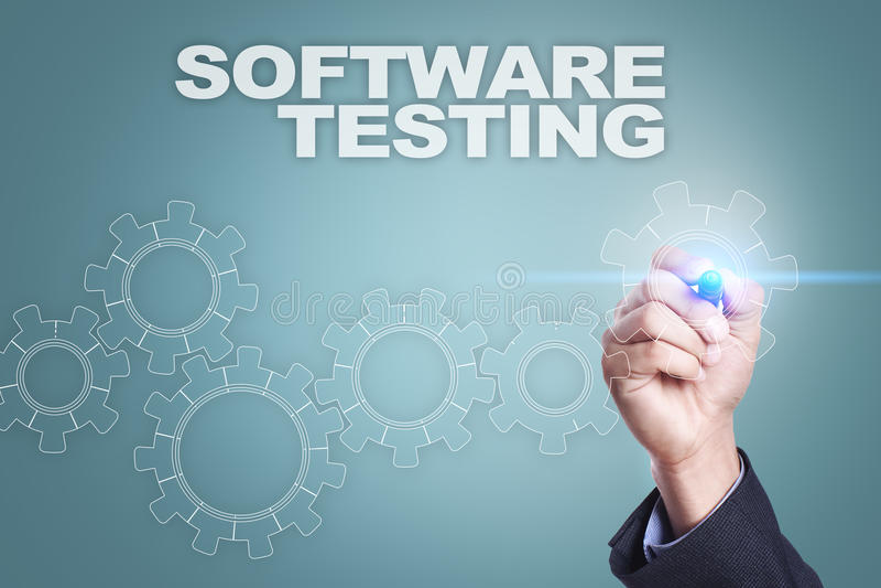 在虚屏上的商人图画 软件测试概念 免版税库存图片