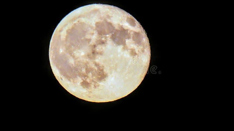 在蚀前的满月 图库摄影