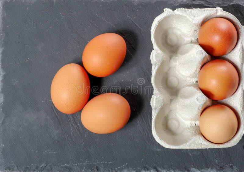 在蛋盘区的鸡蛋 免版税图库摄影