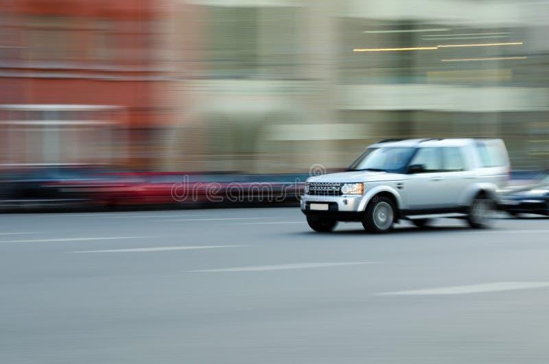 在行动的快速车 免版税库存照片