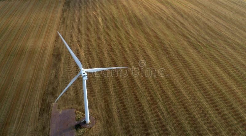 在行动的风轮机 免版税库存图片