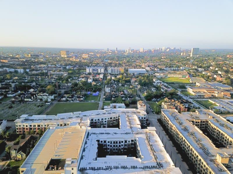 在街市休斯敦,得克萨斯西部的鸟瞰图第四病区区 库存照片