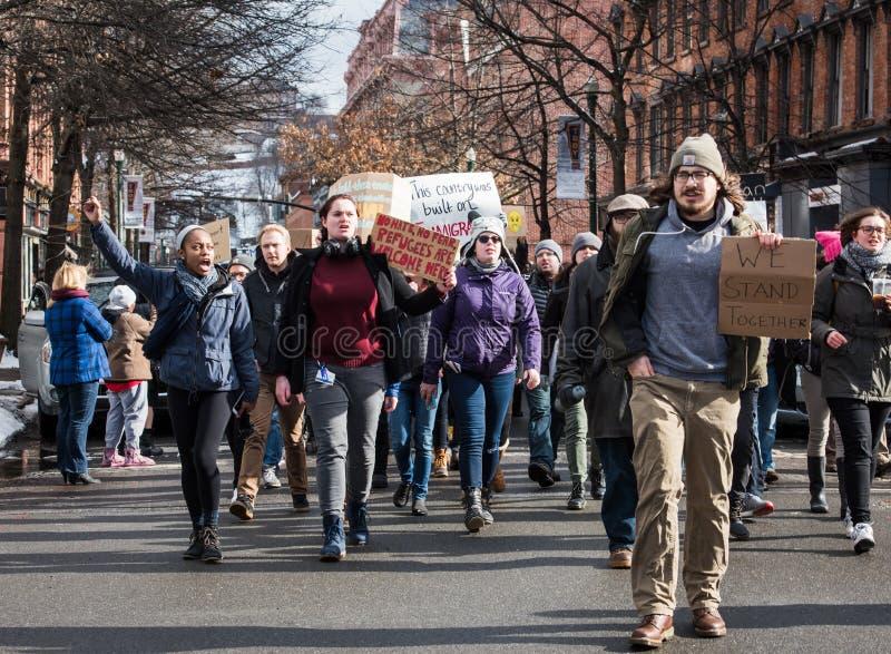 在街市特洛伊,纽约街道上的学生抗议  图库摄影