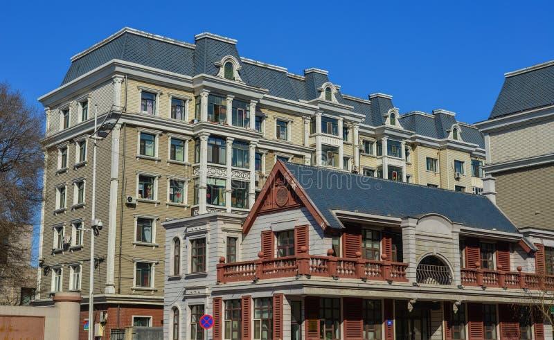 在街市的大厦在哈尔滨,中国 免版税库存照片