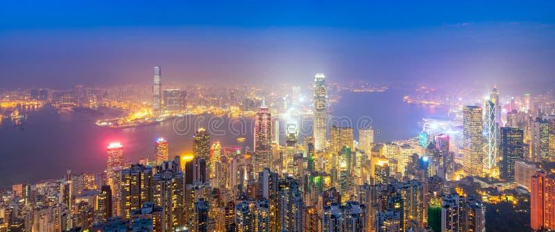 在街市的香港的全景视图香港地平线著名都市风景视图  免版税库存照片