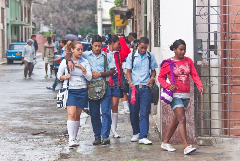 在街道上。 古巴 免版税库存图片