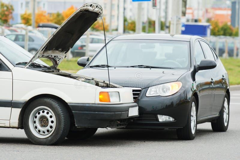 在街道上的车祸事故 免版税库存照片