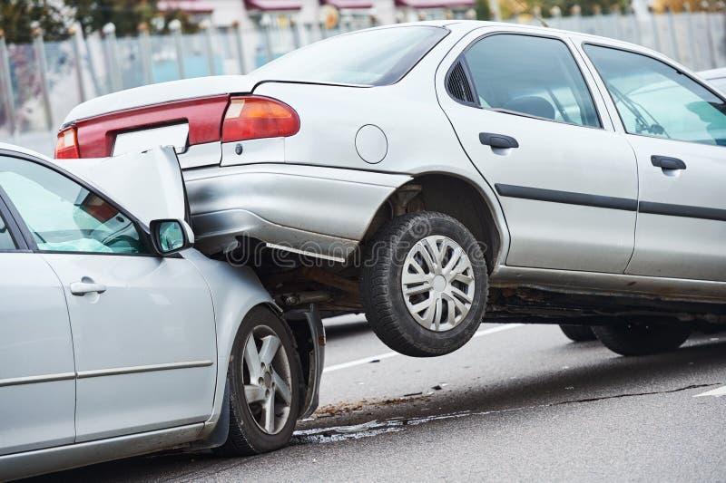 在街道上的车祸事故 库存图片