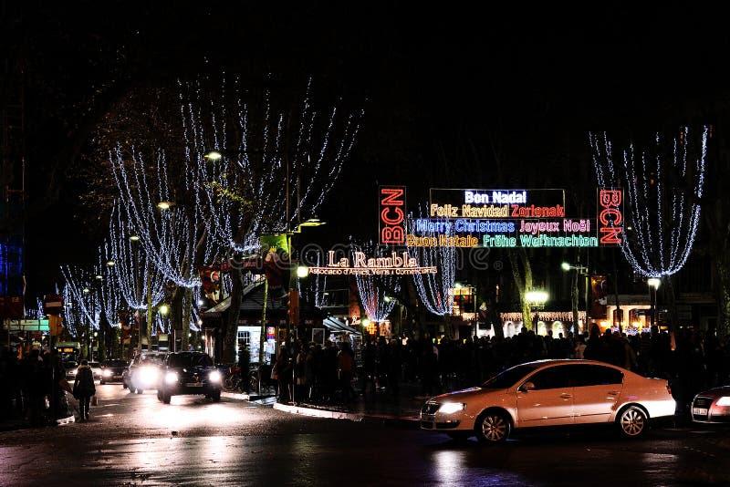 在巴塞罗那街道的圣诞灯  库存图片
