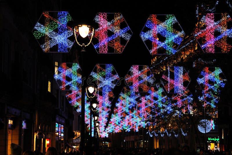 在巴塞罗那街道的圣诞灯  免版税库存图片