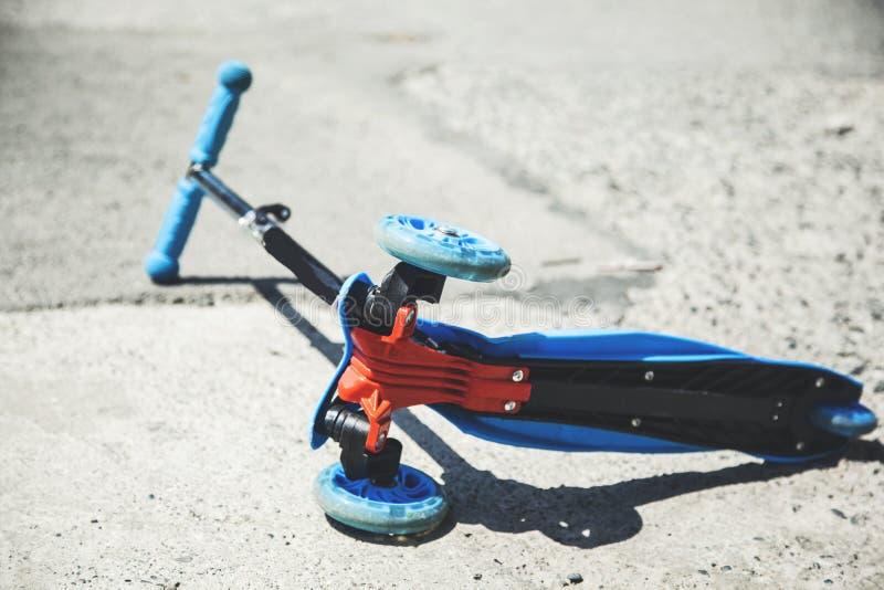 在街道的滑行车 图库摄影