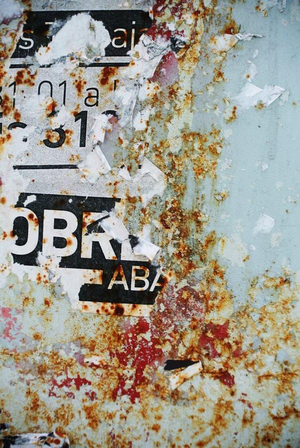 在被腐蚀的墙壁上的任意拼贴画纹理横幅 库存照片