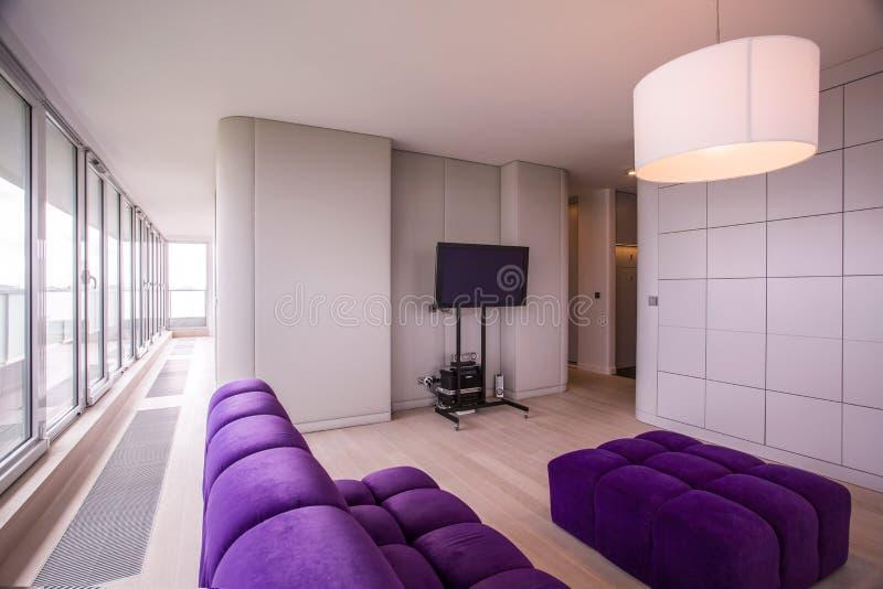 在被设计的内部的现代家具 免版税图库摄影
