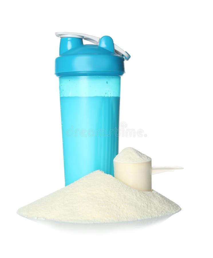 在被隔绝的体育瓶和粉末的蛋白质震动 免版税库存图片