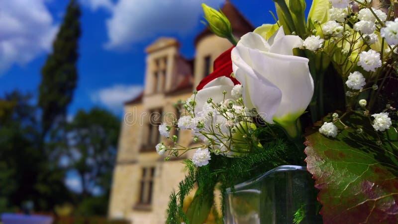 在装饰的婚礼花束 图库摄影