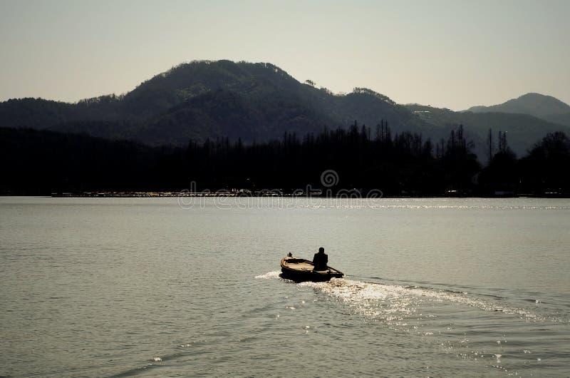 在西湖的划船 免版税库存照片