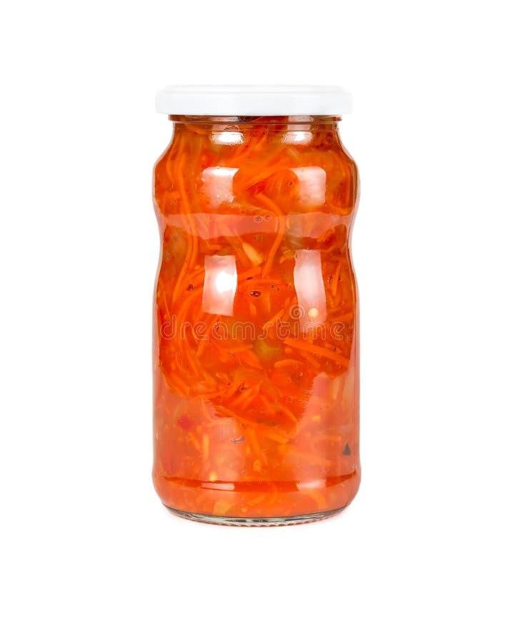 在西红柿酱的罐装红萝卜 库存照片