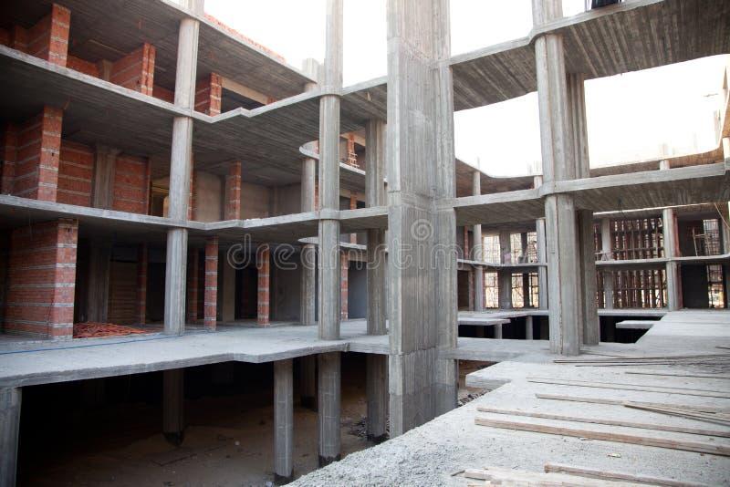 在视窗之下的背景黑色楼房建筑行业行 库存照片