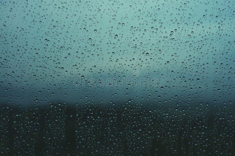 在视窗的水下落 库存照片