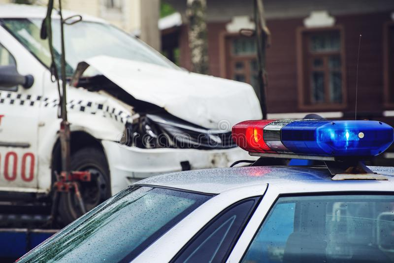 在警车的屋顶的警报器 免版税库存图片