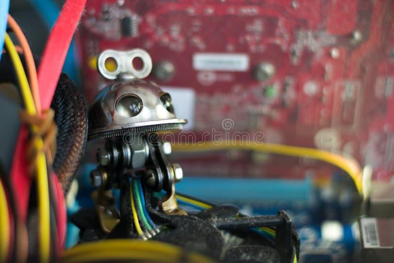 在计算机的机器人 库存照片