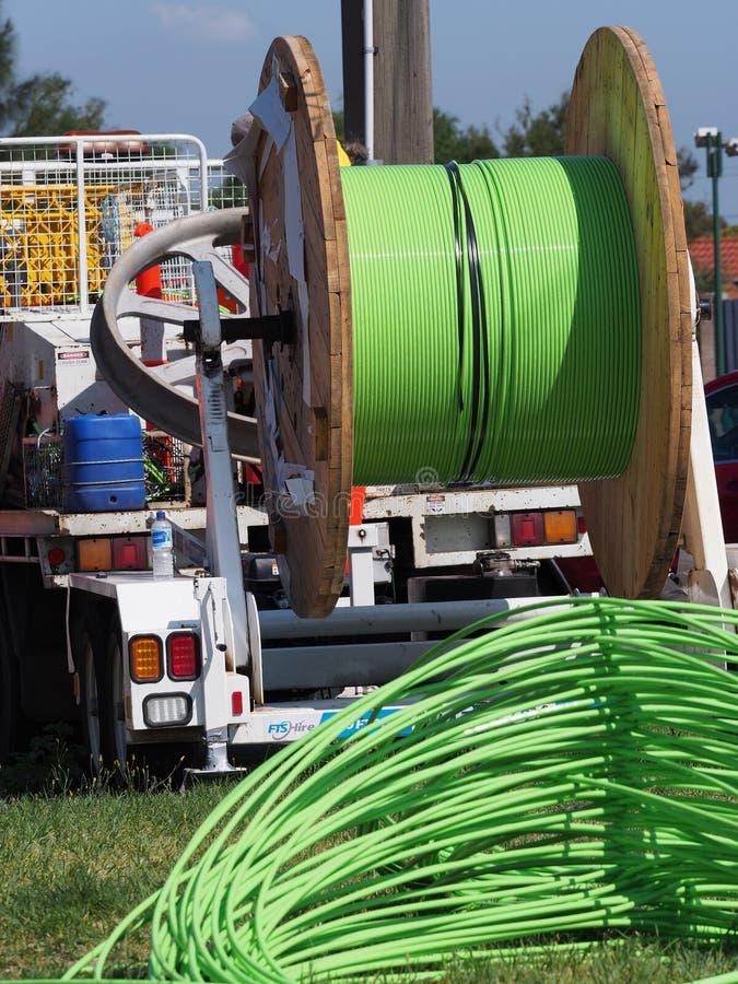 在设施卡车后被堆的光纤 免版税库存图片