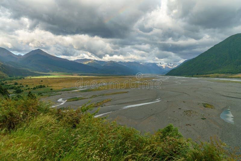 在谷的云彩,arthurs通过,新西兰1 免版税图库摄影