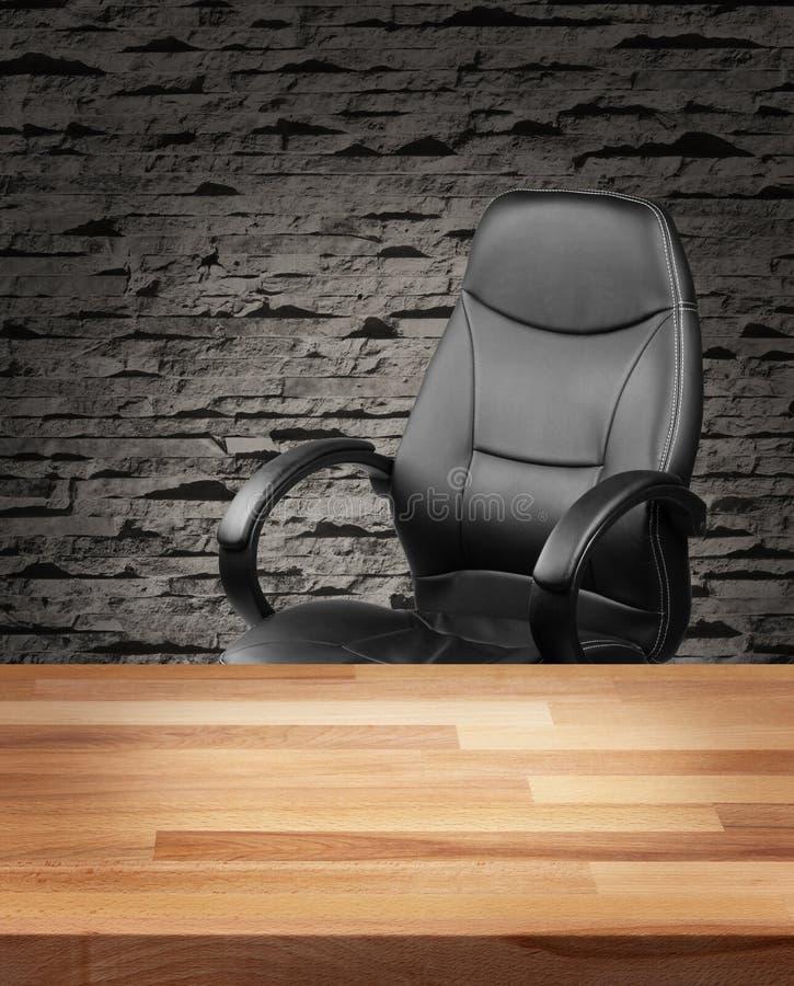 在豪华办公室企业概念的行政椅子 图库摄影