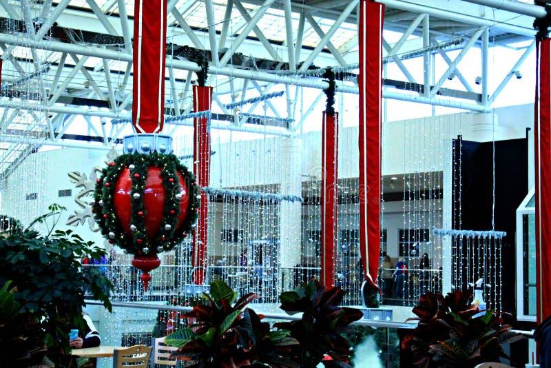 在购物中心的圣诞节时间 库存图片