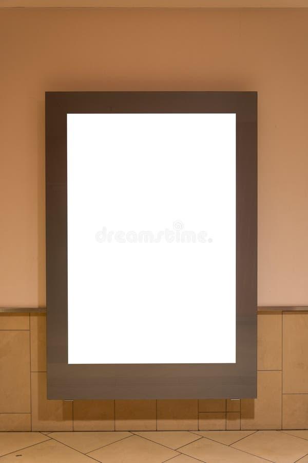 在购物中心隔绝的空白的广告空间标志 免版税库存照片