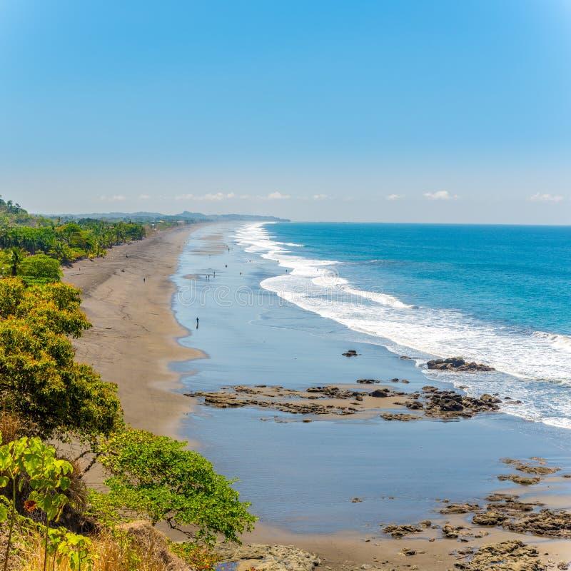 在赫莫萨海滩的看法在雅科岛市附近在哥斯达黎加 库存照片