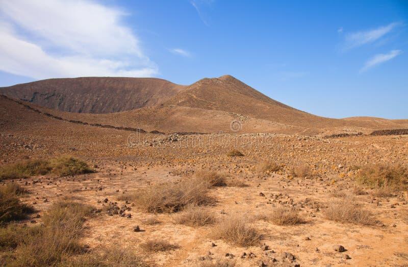 在路径之外的bayuyo corralejo火山 库存图片