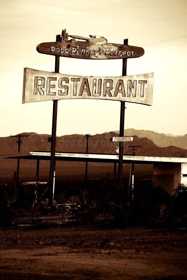 在路线66的餐馆废墟 免版税库存图片