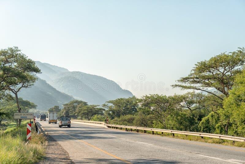 在路N4的风景在内尔斯普雷特和Malalane之间 库存图片