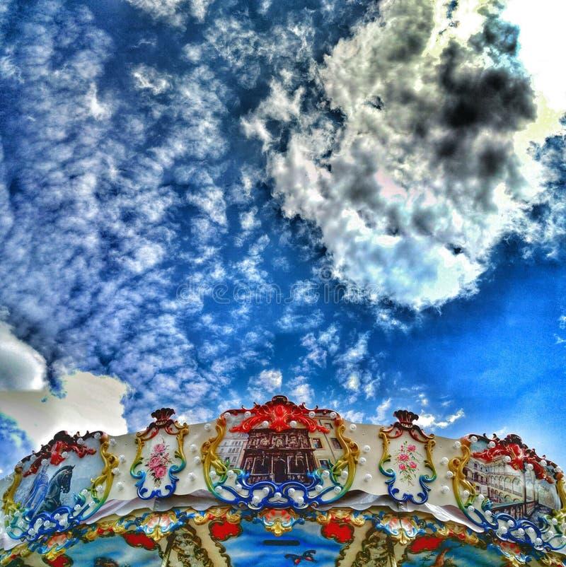 在转盘的云彩 图库摄影