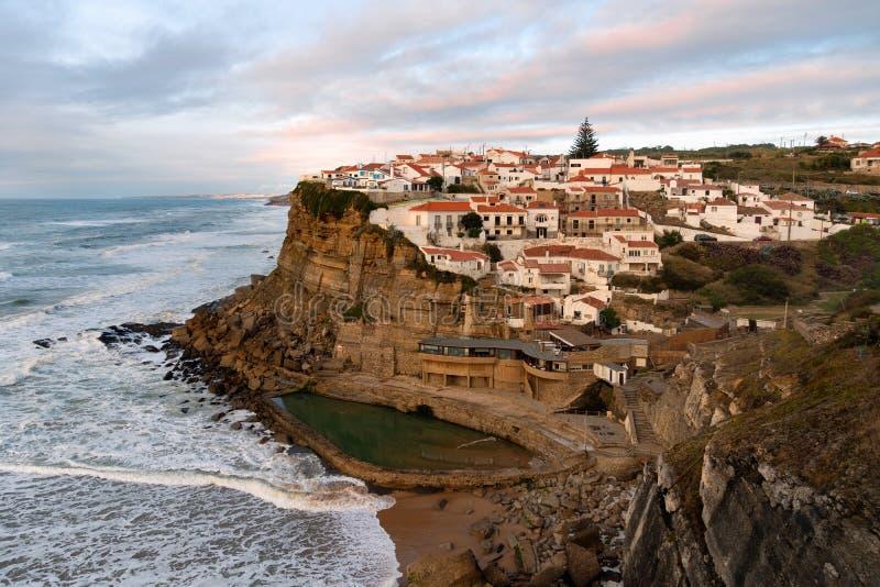 在辛特拉,里斯本,葡萄牙,欧洲附近的地标 在日落的横向 免版税库存图片