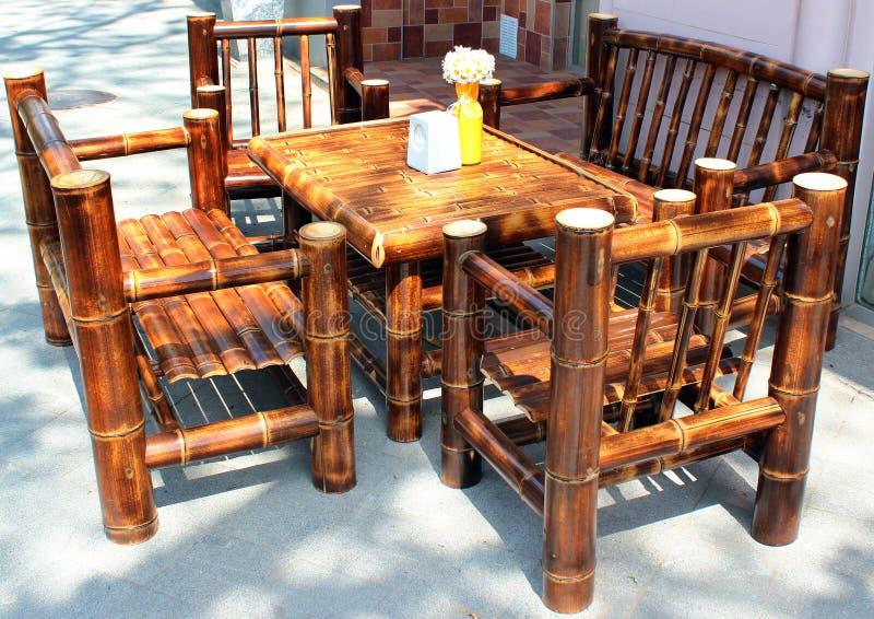 在边路咖啡馆的竹家具,库塔伊西,乔治亚 库存照片