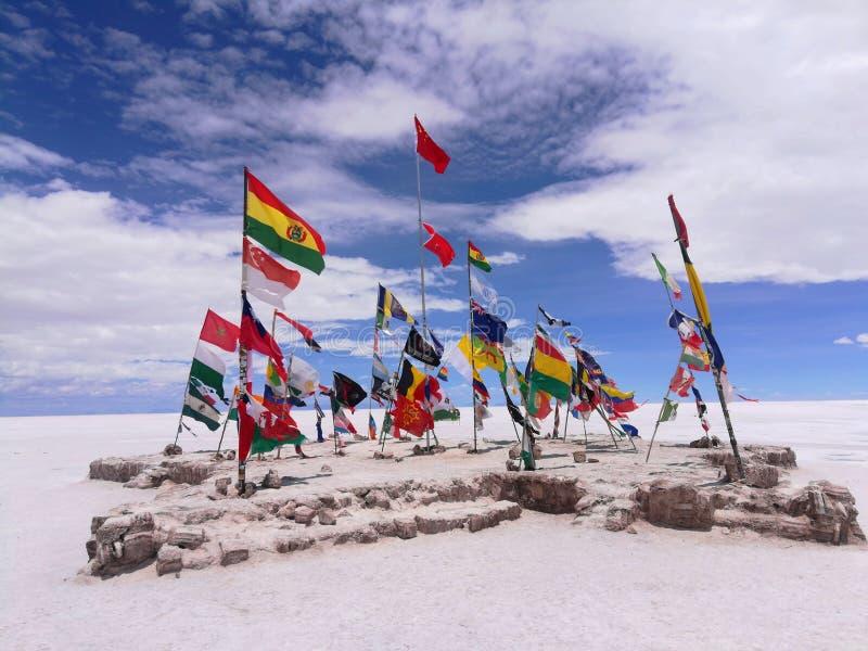 在达喀尔集会的许多旗子 免版税库存图片