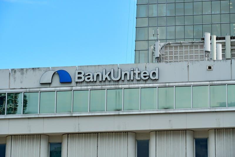 在迈阿密团结的银行 免版税图库摄影