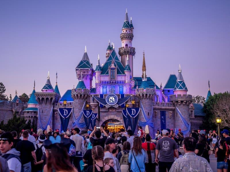 在迪斯尼乐园加利福尼亚的睡美人城堡 库存照片