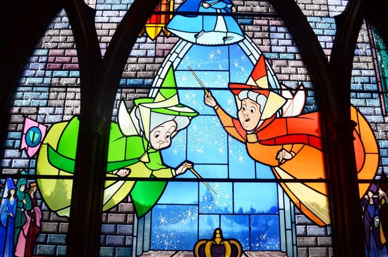 在迪斯尼城堡的污点玻璃窗 库存图片