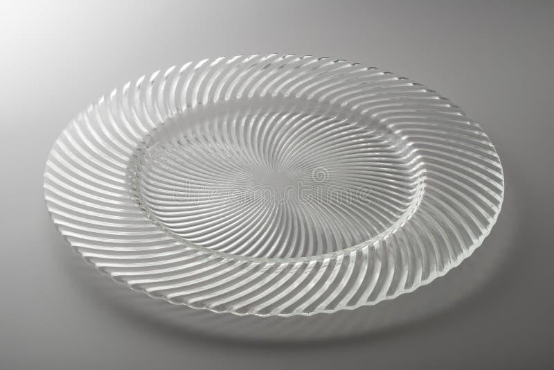 在透明水晶的圆的板材 库存照片