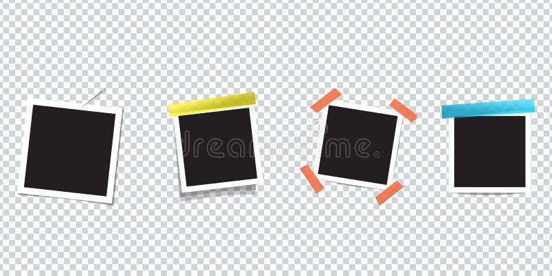 在透明胶带上的空白的照片框架 隔绝在透明背景 例证减速火箭的样式向量葡萄酒 您的文本或照片的黑空的地方 向量例证