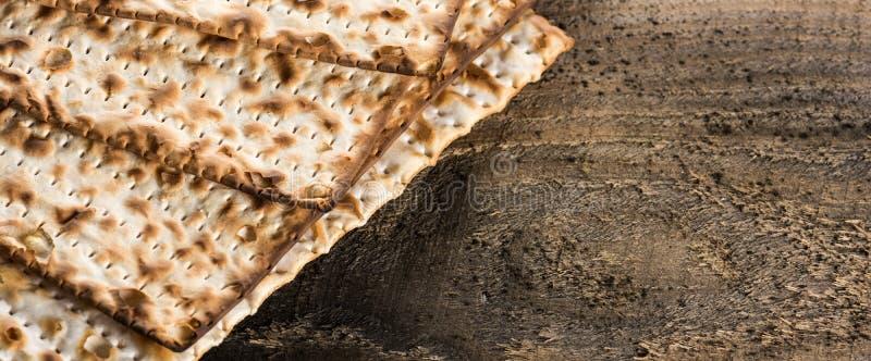 在逾越节的犹太matza 免版税图库摄影