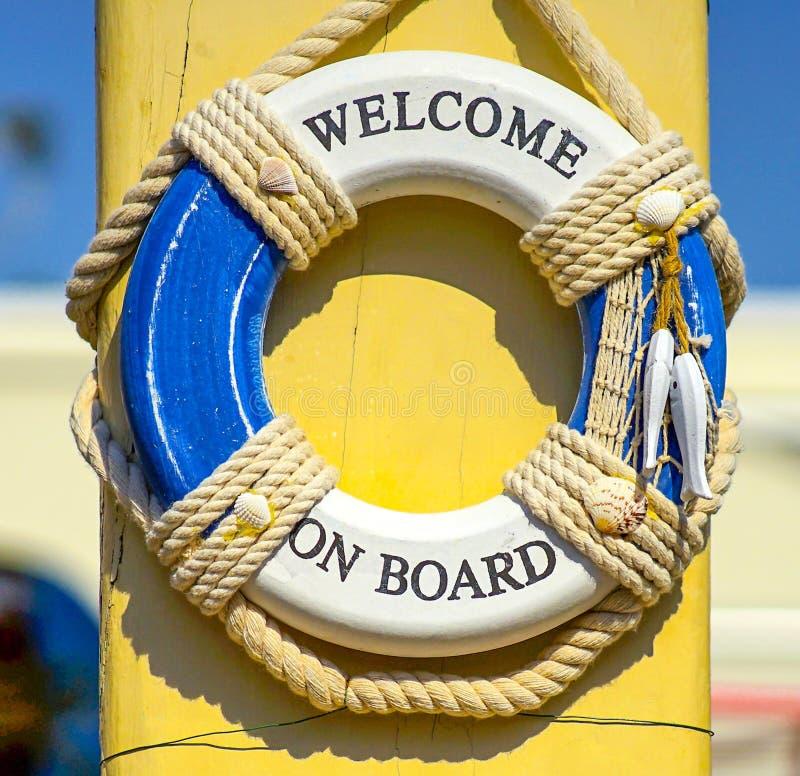 在邀请上的欢迎在船 免版税图库摄影