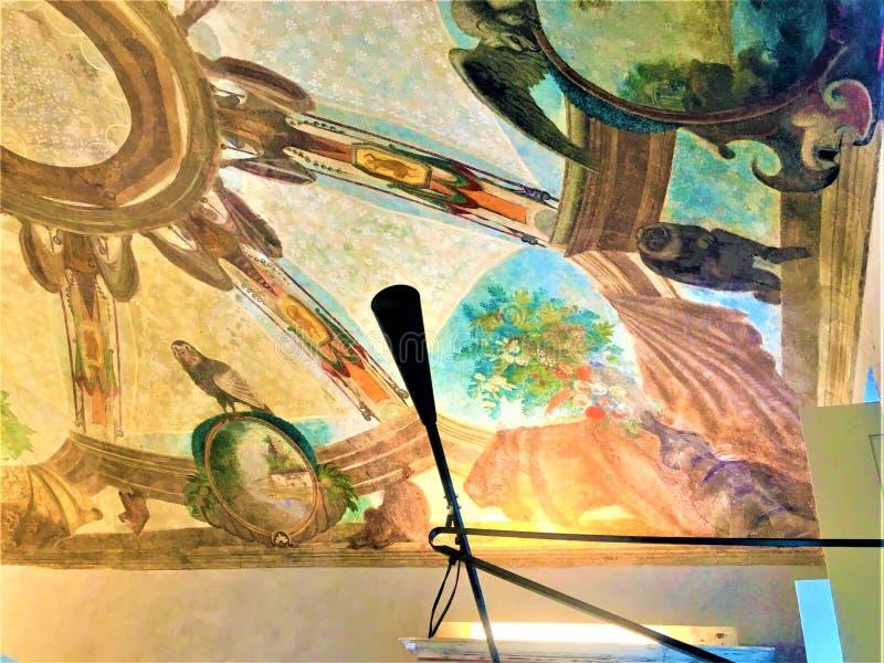 在都灵私人住宅,意大利发现壁画 家庭招待会事件都灵2019年 免版税库存照片