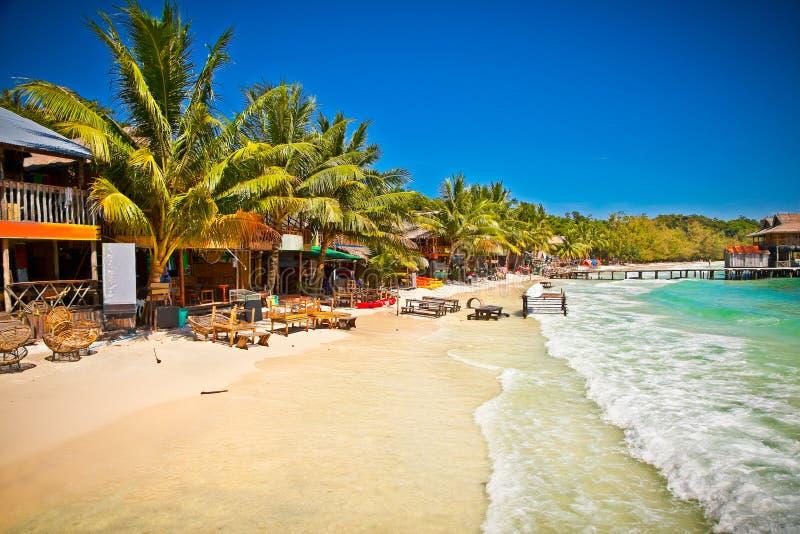 在酸值荣海岛,柬埔寨上的美丽的海滩 库存照片