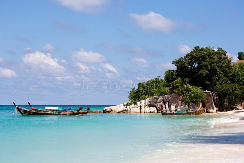 在酸值Lipe泰国的美丽的海滩 免版税图库摄影