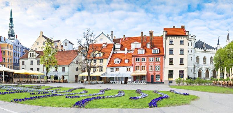 在里加市,拉脱维亚,欧洲中心广场的全景  库存照片